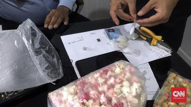 Wanita Ditangkap Usai Selundupkan 'Sabu Pop Corn' ke Lapas