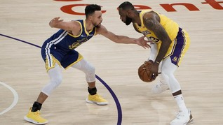 Warriors vs Lakers: LeBron Triple Double, Curry Kesal