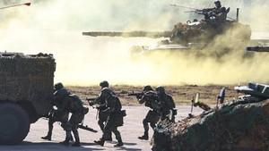 FOTO: Taiwan Latihan Militer Antisipasi Serangan China