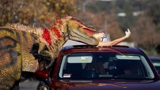 FOTO: Rasanya Terjebak di Kandang Dinosaurus