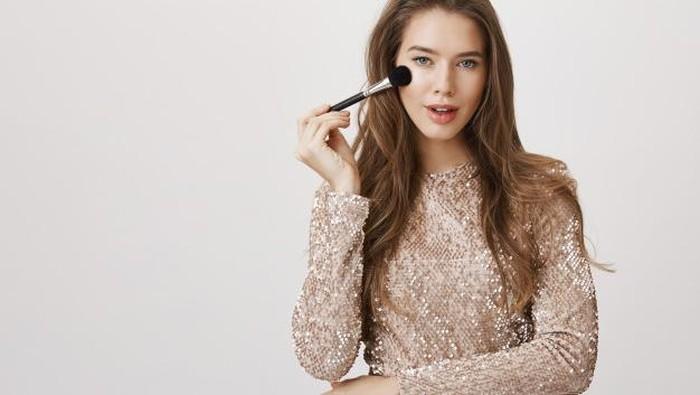 Baru Belajar Makeup? Cari Tahu Tipsnya Yuk!