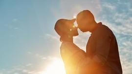 Jumlah Kalori yang Terbakar saat Ciuman