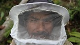 Selama 25 tahun terakhir, Triono telah menjadikan madu sebagai sumber penghidupan. Dia berburu di antara belantara hutan Gunung Lendono, Sulawesi Tenggara.