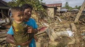 FOTO: Puing-puing Sisa Banjir Bandang di HST Kalsel