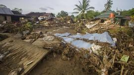 Korban Meninggal Banjir Kalsel 20 Orang, 60.957 Mengungsi