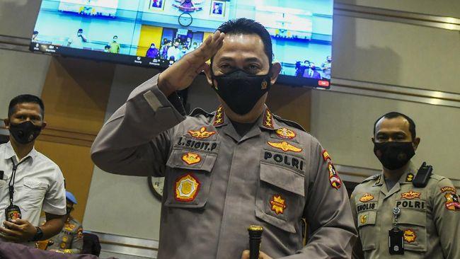 IPW membeberkan empat inspektur jenderal Polri yang berpotensi menduduki jabatan Kabareskrim menggantikan Komjen Listyo Sigit.