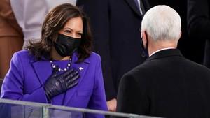 Pakaian Ungu Kamala Harris dan Diplomasi Fesyen Inagurasi AS