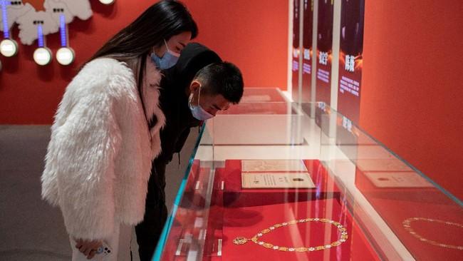 Kota Wuhan di China sempat terpuruk akibat pandemi virus Corona. Saat ini kota sudah berangsur normal, bahkan ada Museum Corona sebagai pengingatnya.