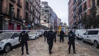 FOTO : Ledakan Dahsyat Hancurkan Gedung di Madrid