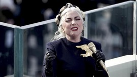 Lady Gaga Tawarkan Rp7 M Cari Anjing Usai Pengasuh Ditembak