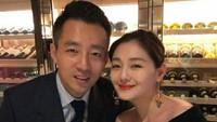 <p>Barbie Hsu sendiri sudah menikah dengan seorang taipan asal China, Wang Xiaofei.(Foto: Instagram @barbiehsu_das)</p>