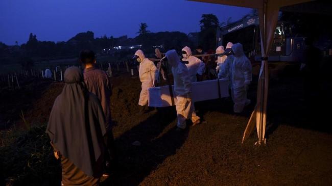Kapasitas makam untuk jenazah pasien covid-19 hanya tersisa 139 di TPU Srengseng Sawah Jakarta.