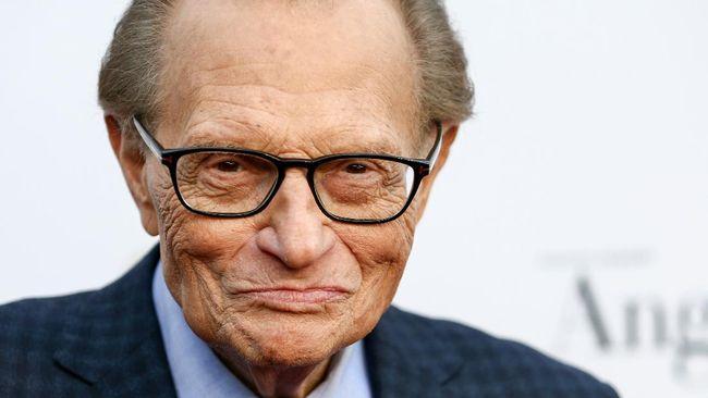 Presenter legendaris Larry King meninggal dunia di Amerika Serikat di usia 87 tahun, Sabtu (23/1).