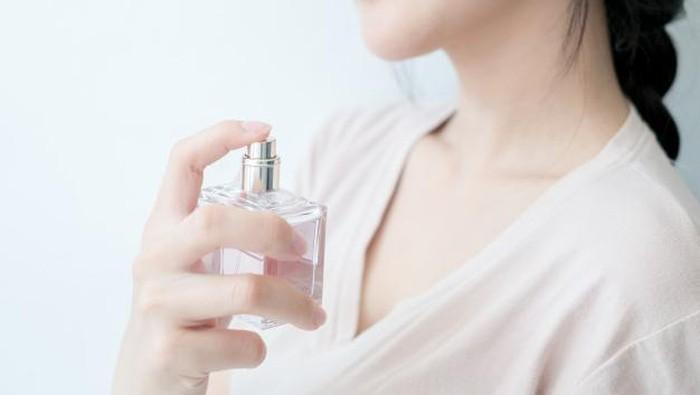 Mewah dan Tahan Lama, Ini Rekomendasi Parfum Lokal dengan Harga Terjangkau!