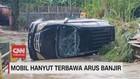 VIDEO: Mobil Hanyut Terbawa Arus Banjir