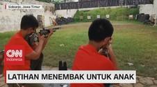 VIDEO: Latihan Menembak Untuk Anak
