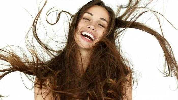 Stop! Ini Kesalahan yang Sering Dilakukan Saat Merawat Rambut