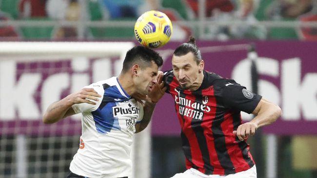 AC Milan tetap berada di puncak klasemen Liga Italia meski kalah dari Atalanta dengan skor telak 0-3. Berikut klasemen Liga Italia.