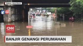 VIDEO: Banjir Genangi Perumahan & Kolong Tol di Bekasi