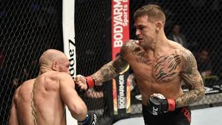 FOTO: McGregor Tak Berdaya Dihajar Poirier di UFC 257