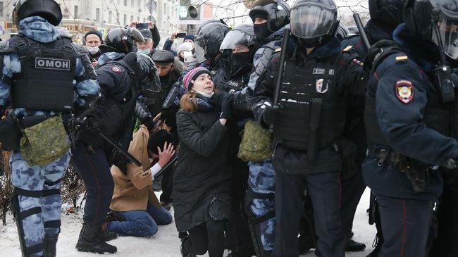 Gempa di Antartika sampai demo besar di Rusia menuntut pembebasan aktivis oposisi Alexey Navalny.