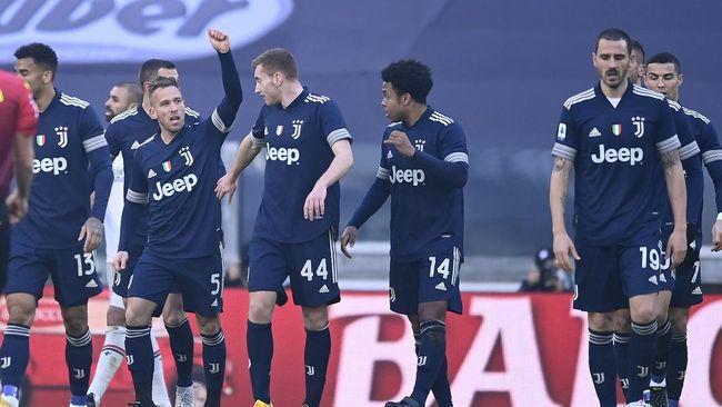 Juventus meraih kemenangan 2-0 saat menjamu Bologna dalam laga lanjutan Liga Italia di Stadion Allianz, Turin, Minggu (21/4).