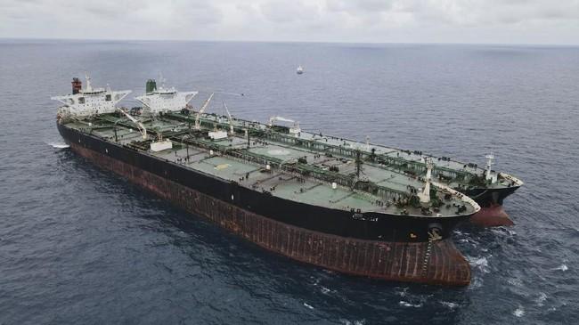 Bakamla Amankan 2 Kapal Tanker Berbendera Iran dan Panama