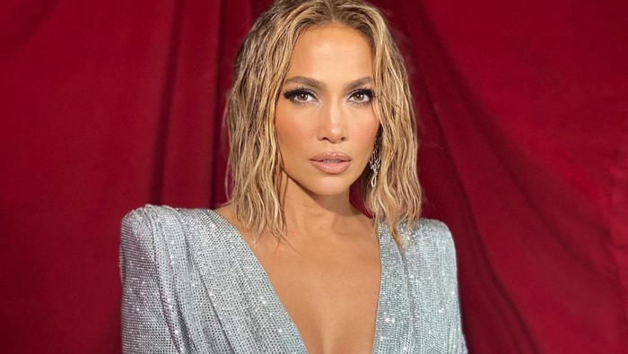 Tetap Fit di Usia 51 Tahun, Ini Rahasia Diet Jennifer Lopez