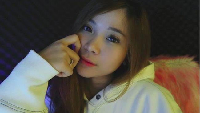 Selebgram Syilva Angel yang ditangkap karena narkoba jenis baru juga dikenal sebagai Youtuber Gaming.