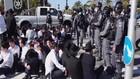 VIDEO: Bentrokan Polisi Israel VS Kelompok Ultra Ortodoks