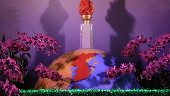 Kimilsungia adalah kultivar bunga anggrek hibrida yang namanya diambil dari nama pendiri Korea Utara Kim Il-sung dan diberikan oleh Presiden Soekarno.