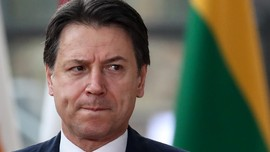 Partai Koalisi Cabut, PM Italia Giuseppe Conte Mundur