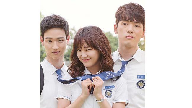 Kim Jung-hyun menarik perhatian banyak pencinta drama Korea melalui proyek terbarunya, Mr. Queen. Namun sebelum itu, ia sudah tampil di sederet drama Korea.