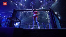 VIDEO: Gadis Ring MMA, di Antara Sensasi dan Tradisi
