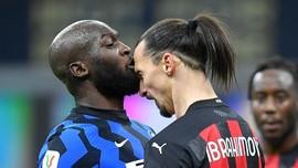 Pogba Bela Ibrahimovic Usai Ribut dengan Lukaku