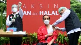 FOTO : Penyuntikan Dosis Ke-2 Vaksin Sinovac untuk Jokowi
