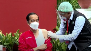 Jokowi Disuntik Vaksin Corona Dosis Kedua
