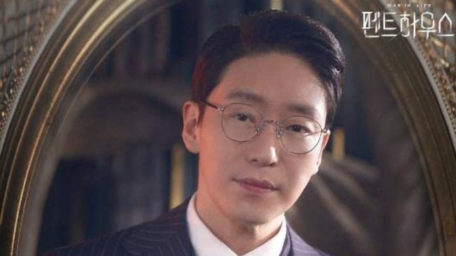 Drama The Penthouse yang tayang di Trans TV bertabur bintang, salah satunya Uhm Ki-joon.