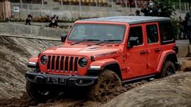 Jeep Gladiator Dijual Rp1,9 M, Goda Sultan yang Doyan Offroad
