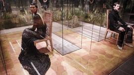 FOTO : Fendi Couture dan Womenswear Perdana Kim Jones