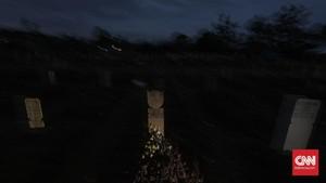 FOTO: Prahara Corona di Tanah Pusara