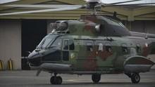 Jokowi Pakai Helikopter Super Puma Tinjau Vaksinasi di Banten