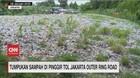 VIDEO: Tumpukan Sampah di Pinggir Tol Jakarta Outer Ring Road