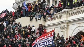 FBI Rilis Video Orang Taruh Bom di Capitol Sebelum Kerusuhan