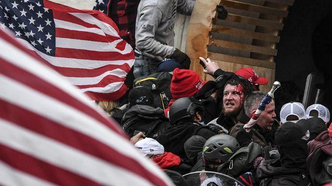 Terdakwa kerusuhan Gedung Kongres AS menuding pernyataan eks Presiden Donald Trump yang memicu penyerangan di Washington D.C.