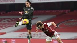 Cavani Bisa Samai Ronaldo di MU vs Southampton