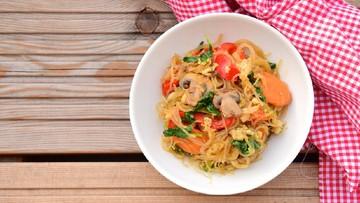 Resep Bihun Goreng Ayam Jamur Campur Campur Malah Lebih Enak Bun
