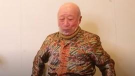 Reaksi Kakek Sugiono Makan Mie Goreng Asal Indonesia