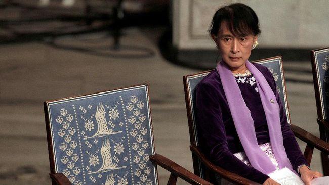 Aung San Suu Kyi menghadiri sidang kedua pada hari ini, Senin (1/3) dalam kondisi sehat. Ia menghadapi tuduhan tambahan yakni larangan publikasi informasi.