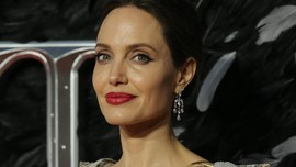 Curhat Angelina Jolie Pulihkan Kondisi Keluarga Usai Cerai